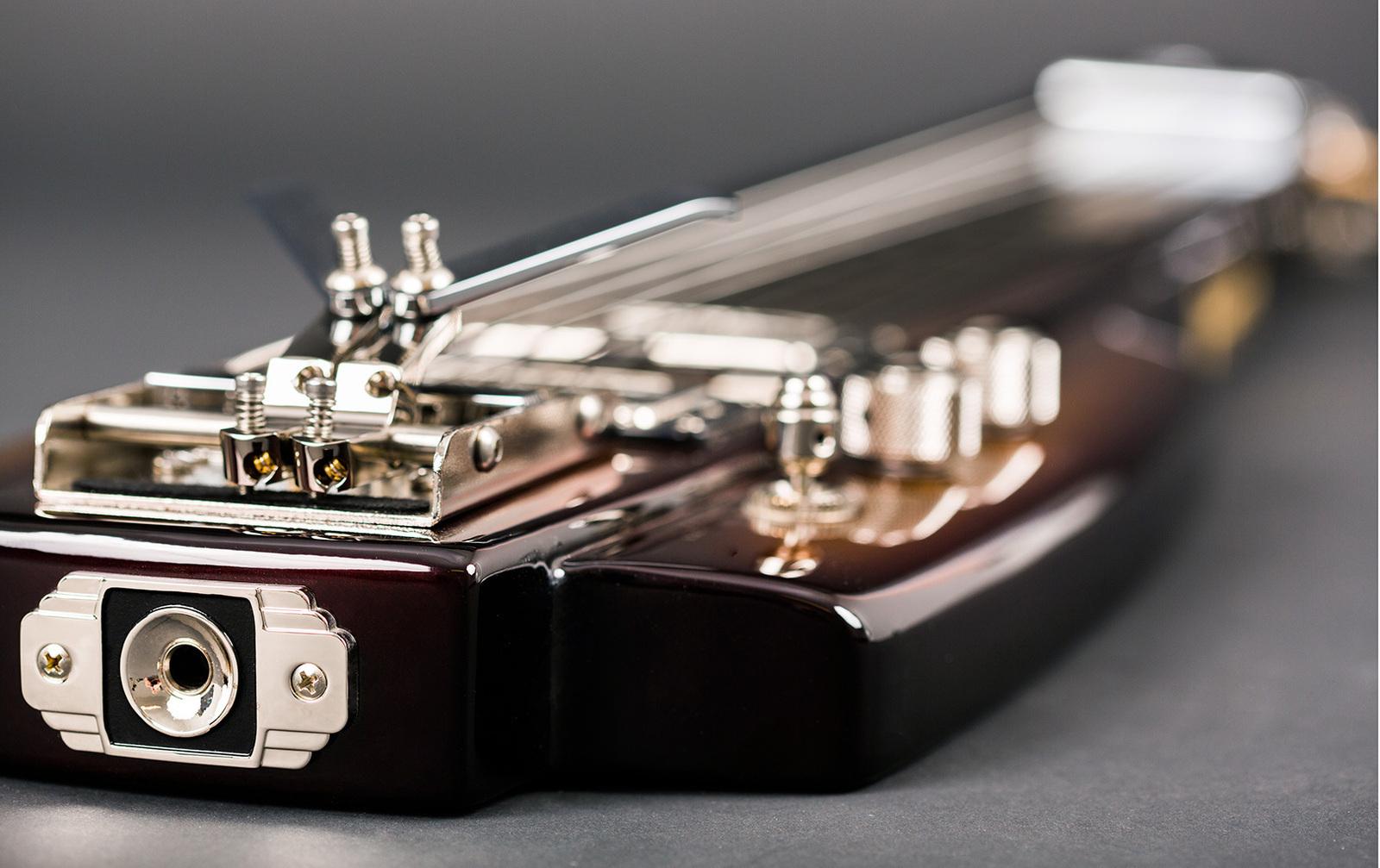 duesenberg fairytale lapsteel with fitted case vintage modern guitars. Black Bedroom Furniture Sets. Home Design Ideas