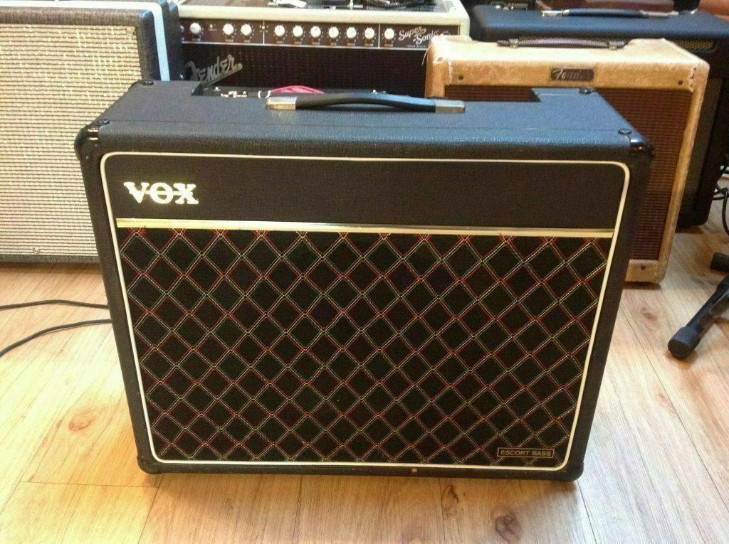 1970s vox escort bass 50 vintage modern guitars. Black Bedroom Furniture Sets. Home Design Ideas