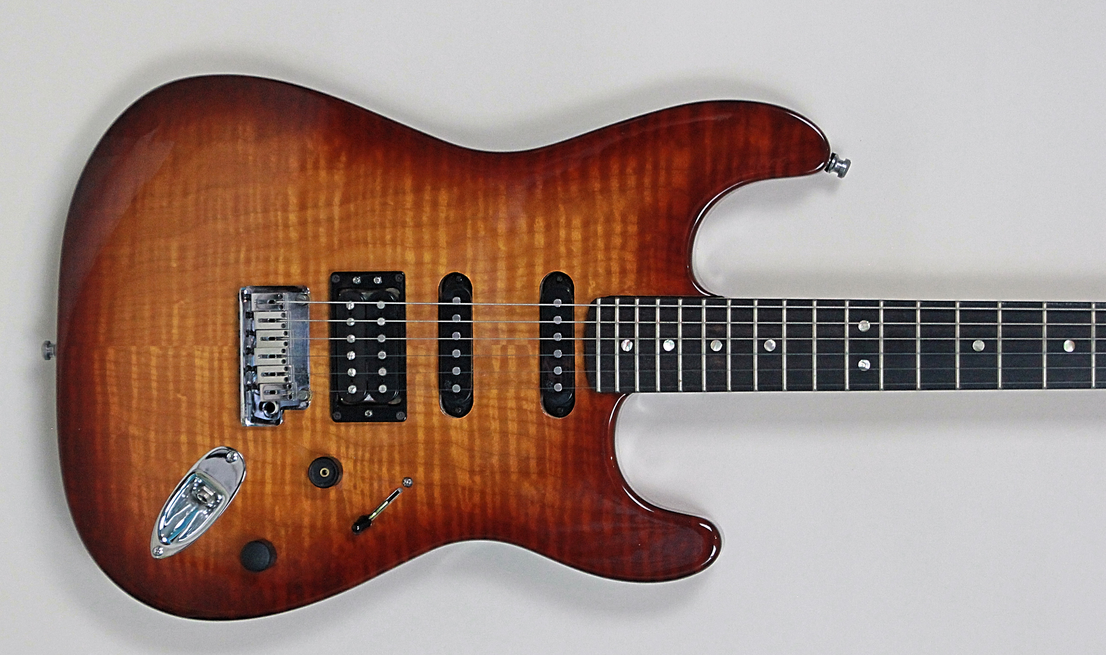Taylor Guitars For Sale >> 2009 Fender Deluxe FMT Stratocaster HSS - Vintage & Modern Guitars
