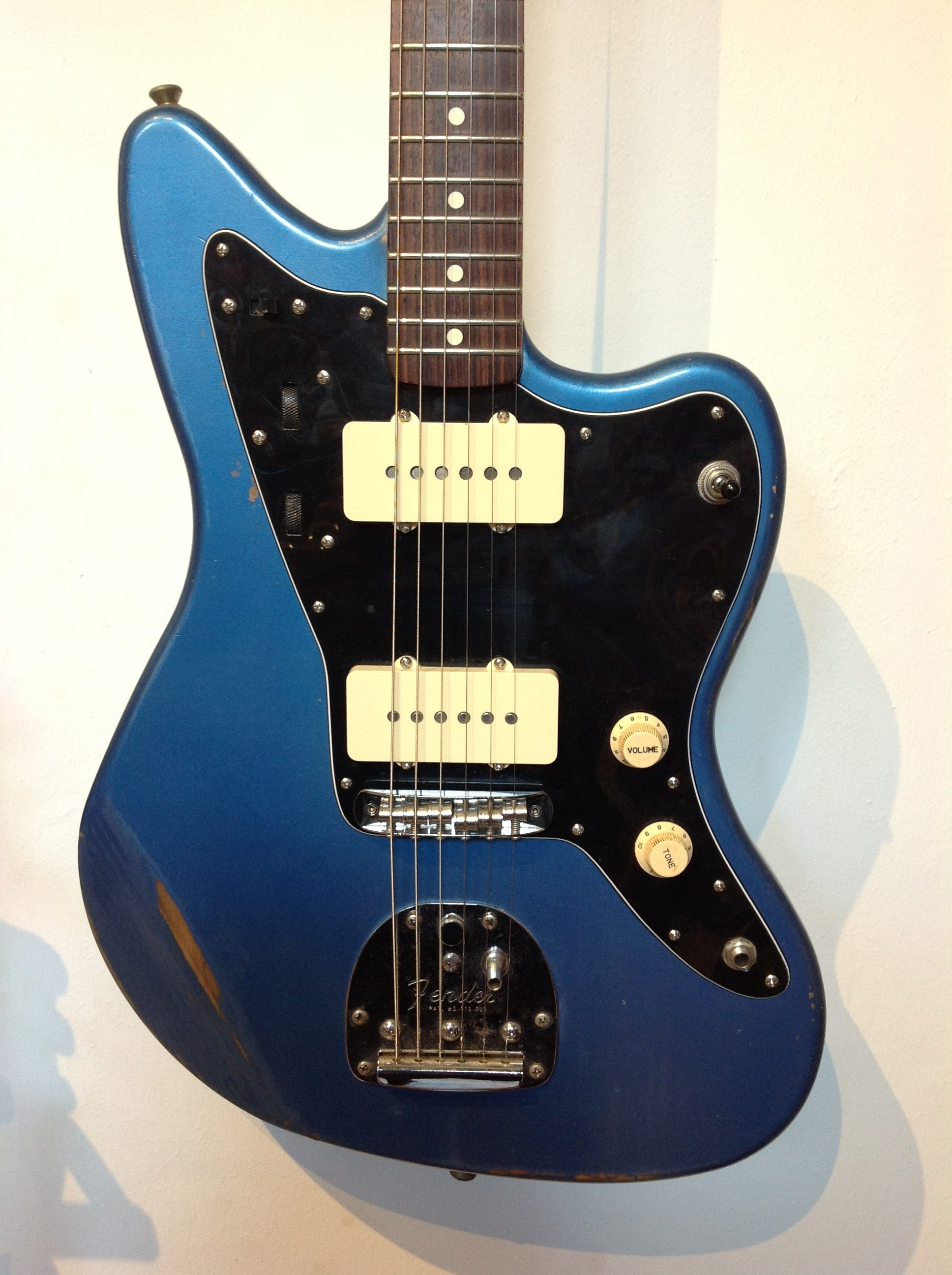 fender parts jazzmaster lake placid blue used vintage modern guitars. Black Bedroom Furniture Sets. Home Design Ideas
