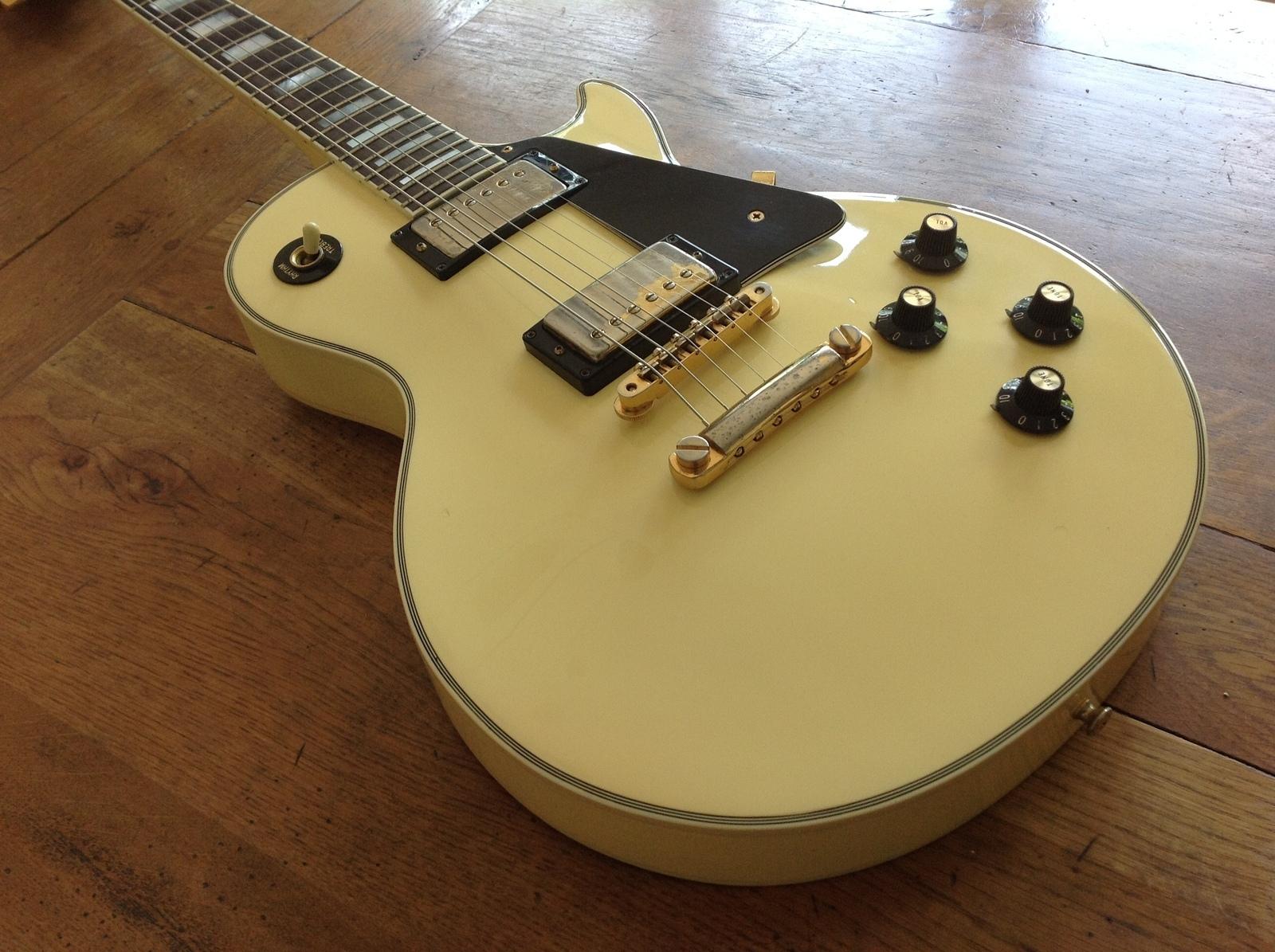 1974 Gibson Les Paul Custom White - Vintage & Modern Guitars